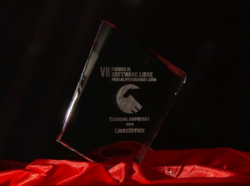 trofeos ganadores premios portalprogramas software libre 2015 | milbits
